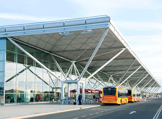 Stansted Airport Taxi Transfers from £40.00*