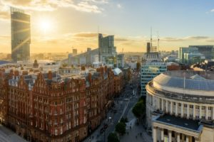 Taxi Manchester – Gatwick Airport from £285.00*