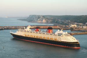 London – Dover Port Taxi Transfers from £95.00*