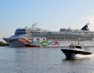 London – Tilbury Docks Taxi Transfers from ₤45.00*
