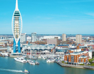 Taxi Portsmouth – Gatwick Airport from £89.00*