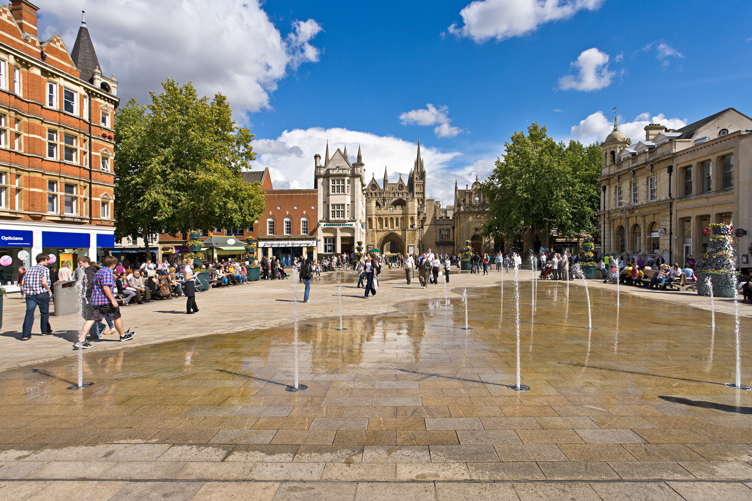 Taxi Peterborough – Heathrow Airport from £135.00*