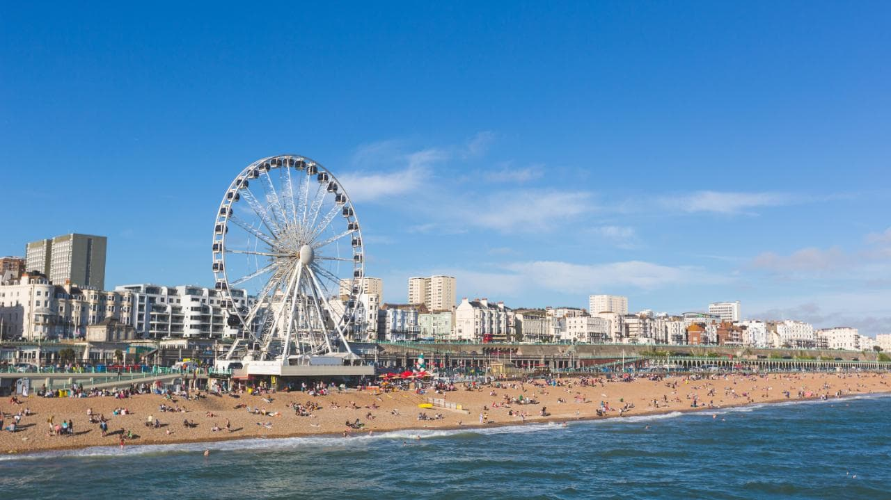 Taxi Brighton – Heathrow Airport from £95.00*