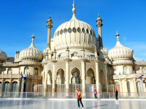 Taxi Brighton – Stansted Airport from £139.00*
