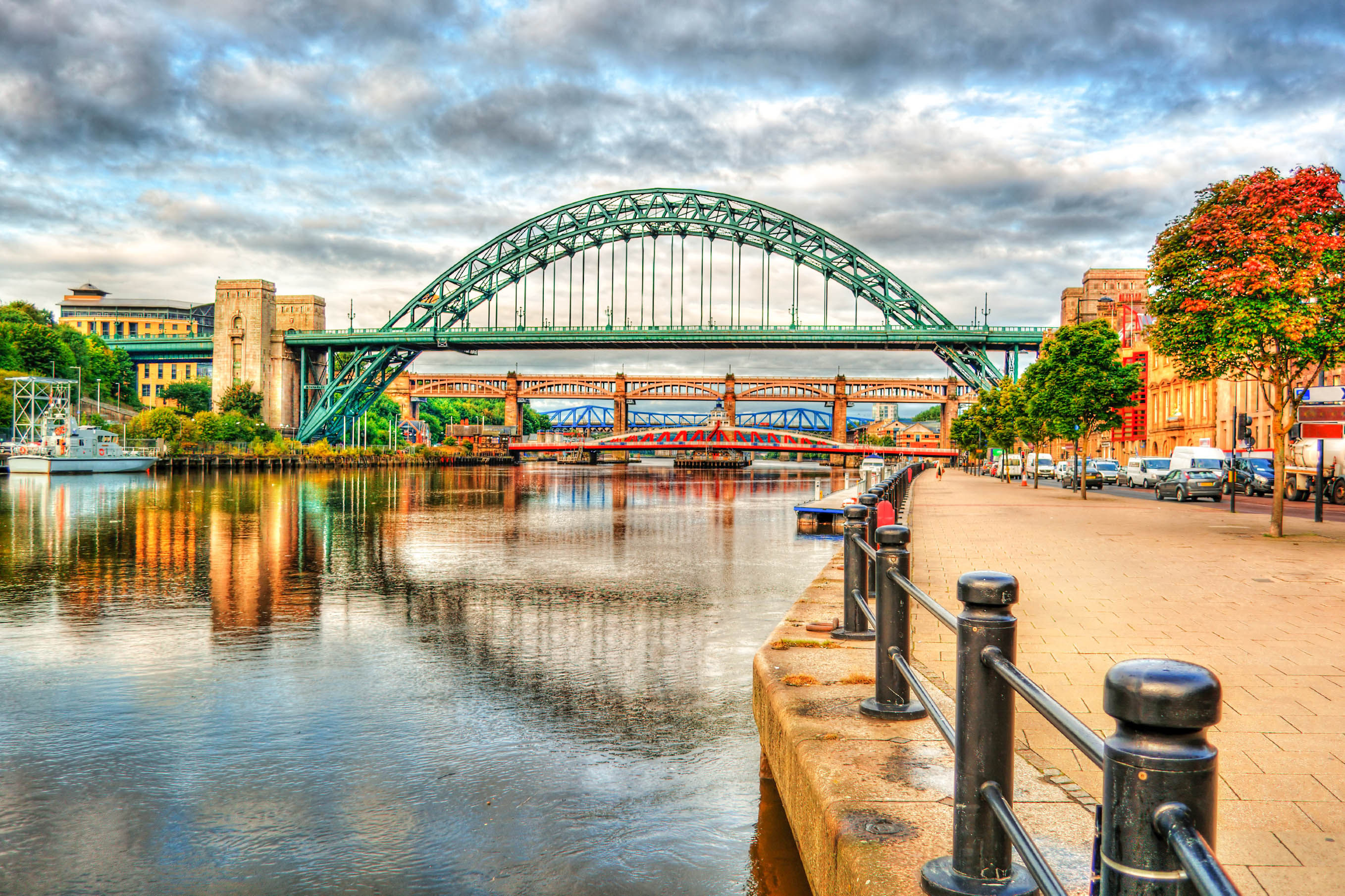 Taxi Newcastle – Gatwick Airport from £389.00*
